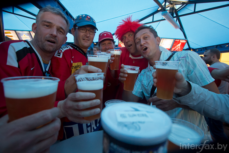 International beer drinking community at the fan zone