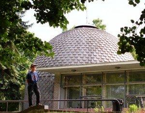 The Minsk Planetarium features educational films set on a 360 degree domed screen. Photo by Hanna Zelenko via Wikimedia Commons