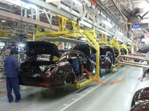 Geely production plant in China. Both Chinese and American plans to enter the Belarusian auto market involved partially pre-assembled kits that would undergo final assembly in country. Photo via Siyuwj via Wikimedia Commons
