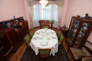 Yakub Kolas' dining-room