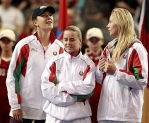Olga Govortsova with her Belarus teammates