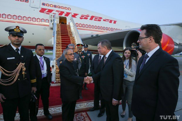 President_of_India_in_Belarus_June_2015_04