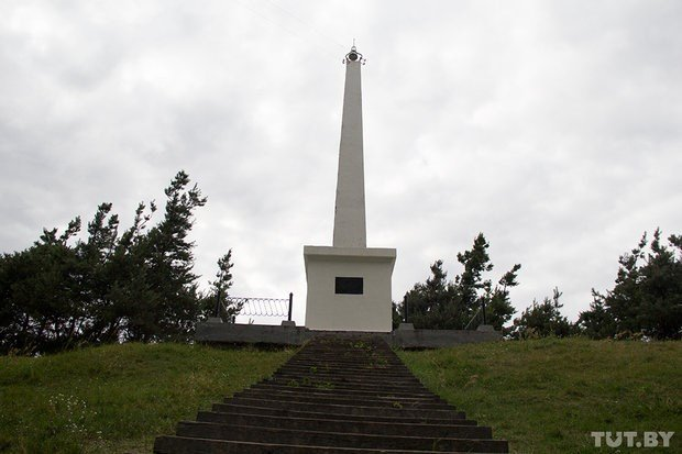 Monument on Narbut grave