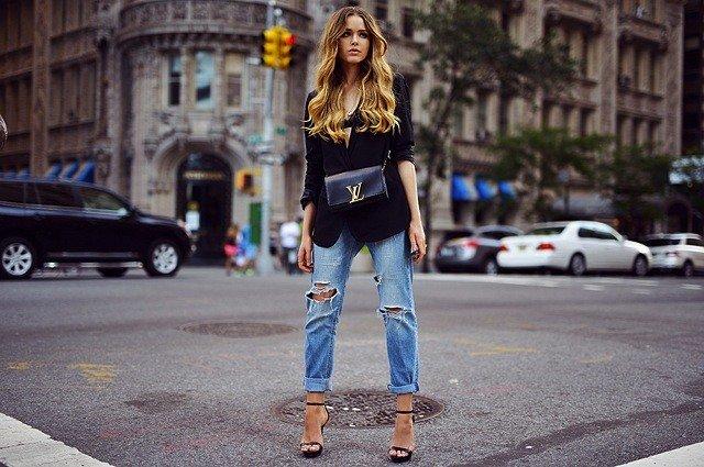 kristina-bazan-kayture-jeans