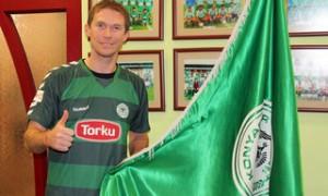Alexander Hleb with FC Konyaspor flag