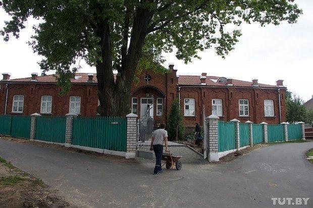 Former Narbut hospital building